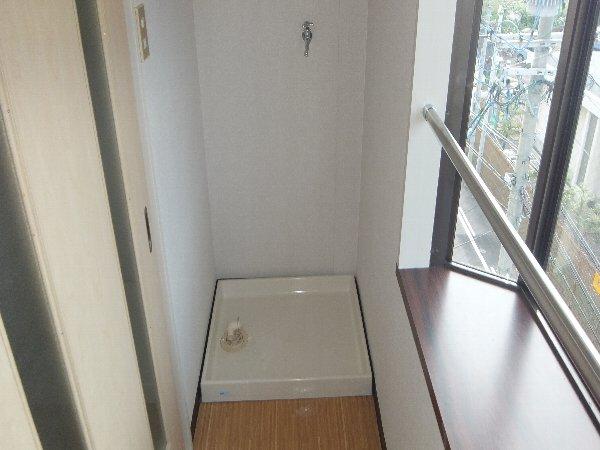 新清洲クラウンビル 302号室の設備