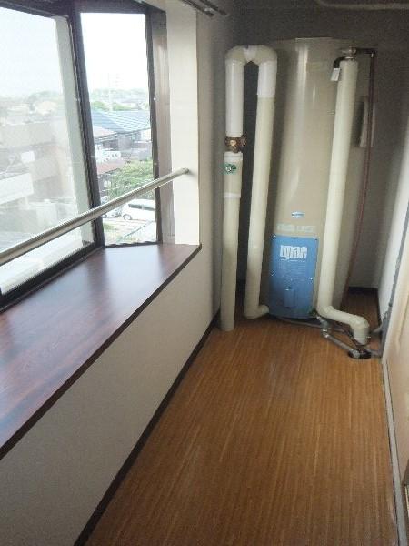 新清洲クラウンビル 302号室のその他