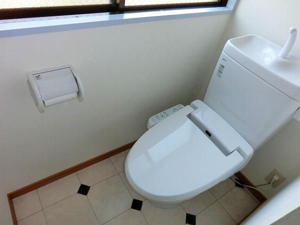 センチュリィ山の手 202号室のトイレ