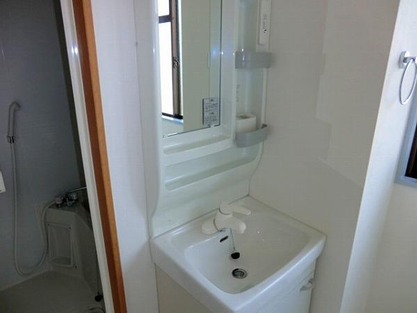 センチュリィ山の手 202号室の洗面所