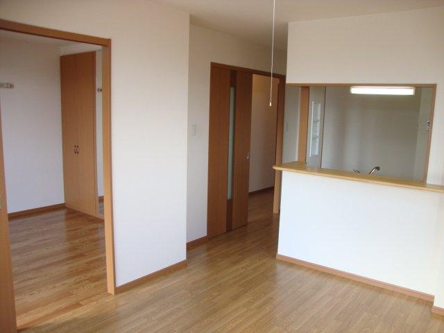 エーデルシュタイン 101号室のリビング