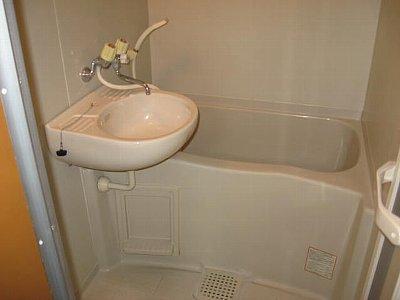 シティハイムサトウ 202号室の風呂
