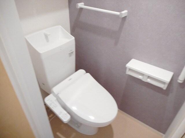 メゾン タカヤ 01040号室のトイレ