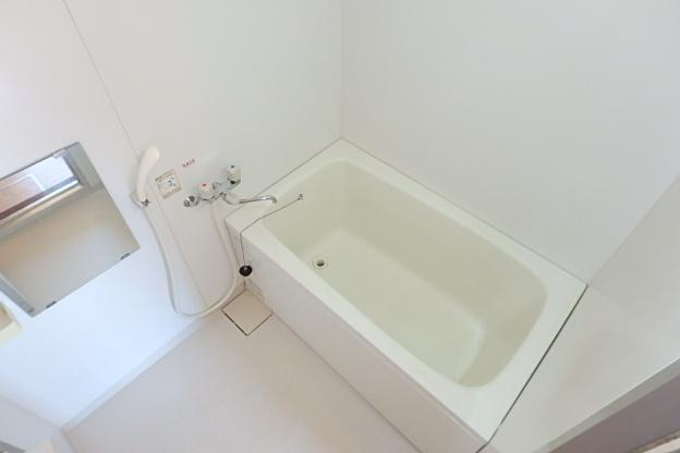 ブランメゾン辻本通 4A号室の風呂
