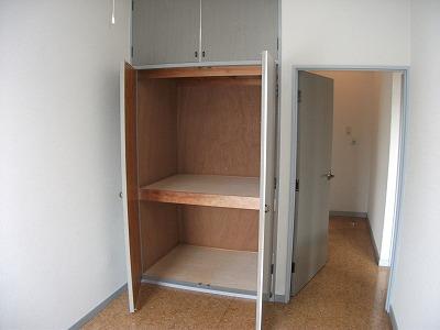 コーポ青木第5 202号室の収納