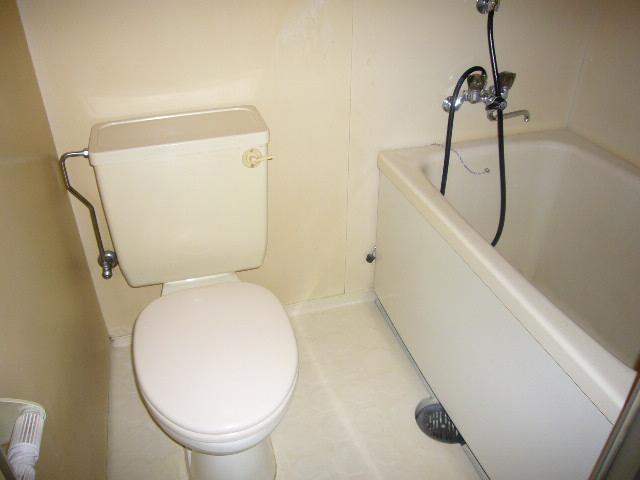 高尾ビル 307号室の風呂