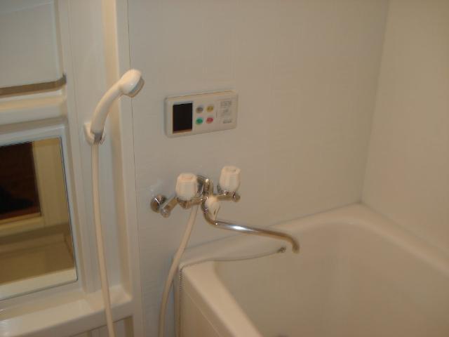 グランデ・ユーヴェ 101号室の風呂
