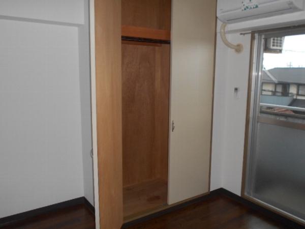 大口平和マンション 4B号室の収納