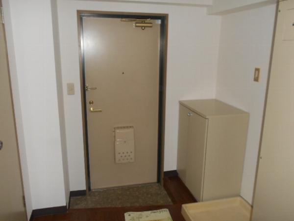 大口平和マンション 4B号室の玄関