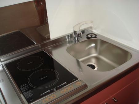 レオパレス成願寺 104号室のキッチン