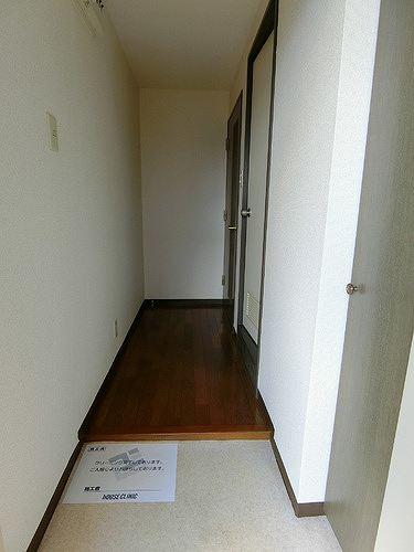ライオンズマンション八王子めじろ台 505号室の玄関