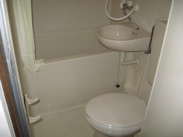 メゾン小山 301号室のトイレ