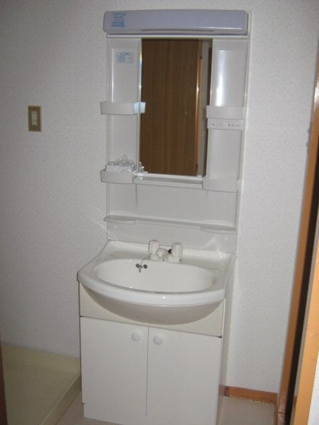 シティアークINAYOSHI 201号室の洗面所