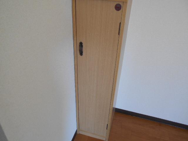 ジェントリーハイツ 105号室の収納