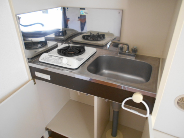 ジェントリーハイツ 105号室のキッチン
