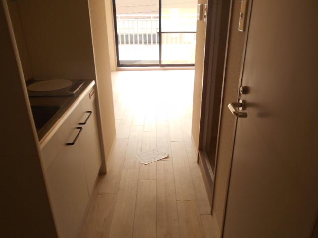 プレミール高幡 403号室のキッチン