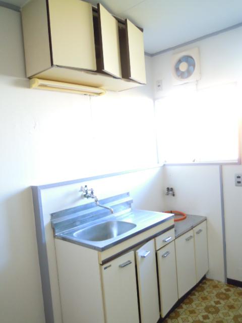 コーポおかもと 202号室のキッチン