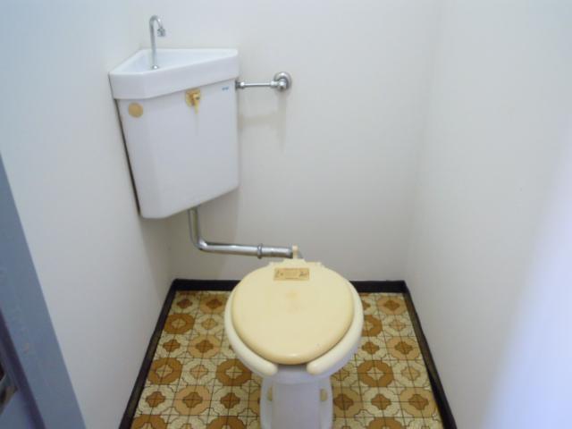 コーポおかもと 202号室のトイレ