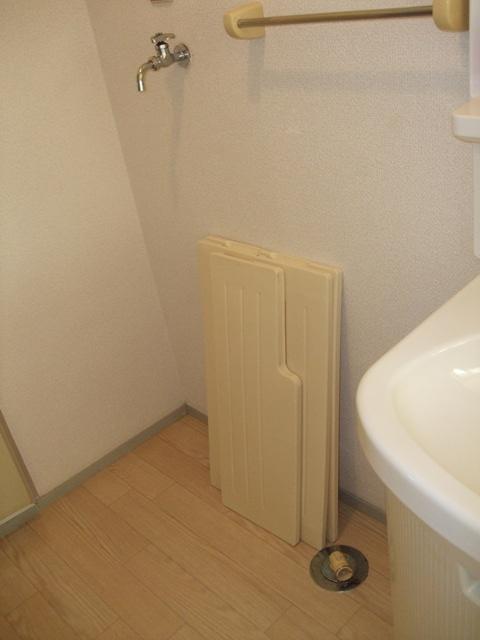 クレストハイツ 202号室の洗面所