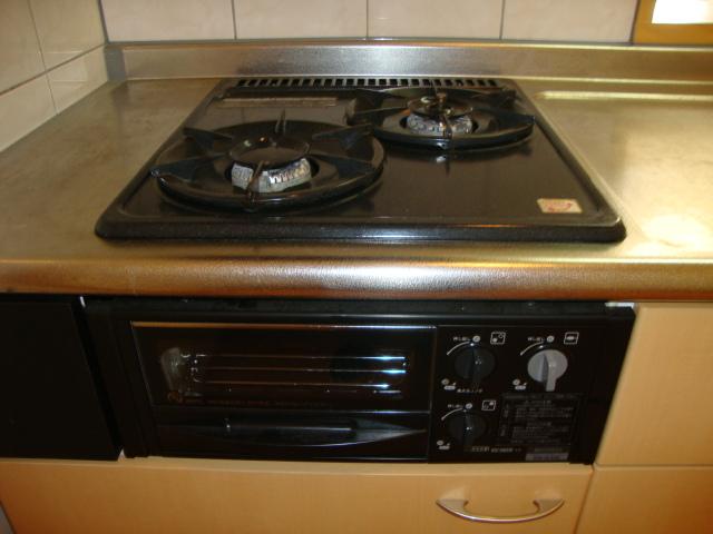 サンパレスⅢ 103号室のキッチン