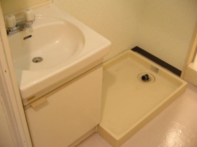 レジデンスミノル 102号室の洗面所
