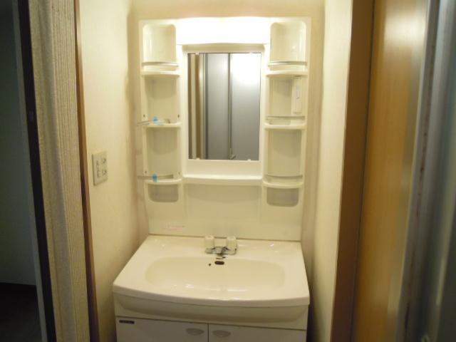 マリーハイム 103号室の洗面所
