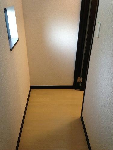 レオネクストシャンローズ 201号室の収納