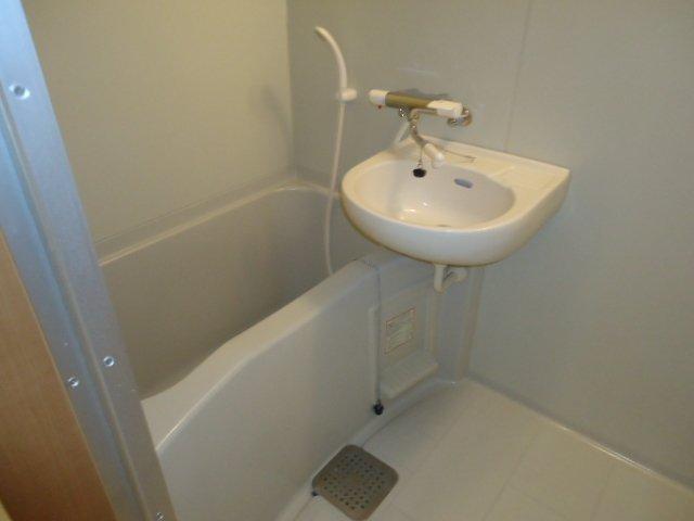 ルミナス11 202号室の風呂