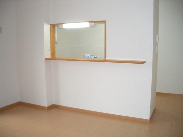 フロ-レゾンⅡ 02030号室のリビング