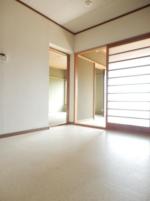 ソワサントニュー狭山 00203号室のベッドルーム