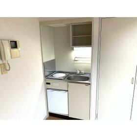 共立リライアンス上野町Ⅰ 0308号室のキッチン