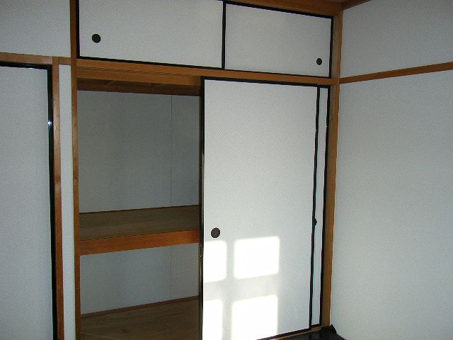 ガーデンシティハイツA 02020号室の収納