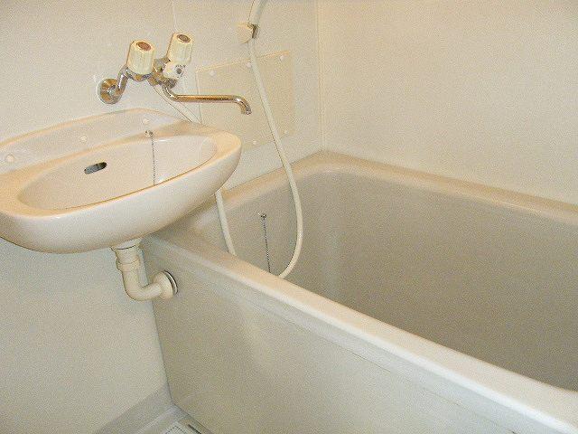 ガーデンシティハイツA 02020号室の風呂