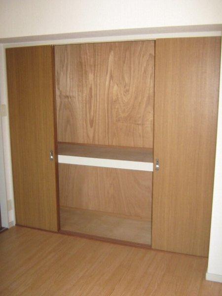 CHEZTOI・MY 203号室の収納