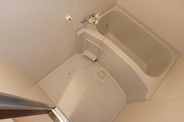グランドステータス林 304号室の風呂