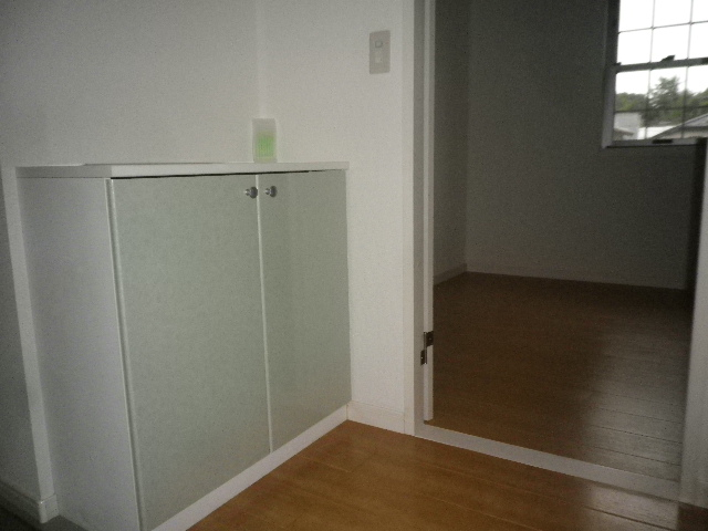 コンフォート・ウィズ エターナルポート 101号室の玄関
