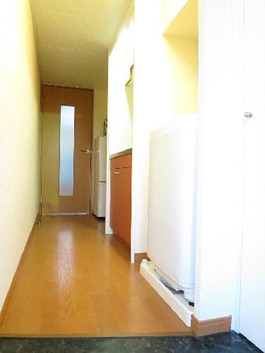 レオパレスバンリュハウス 102号室のキッチン