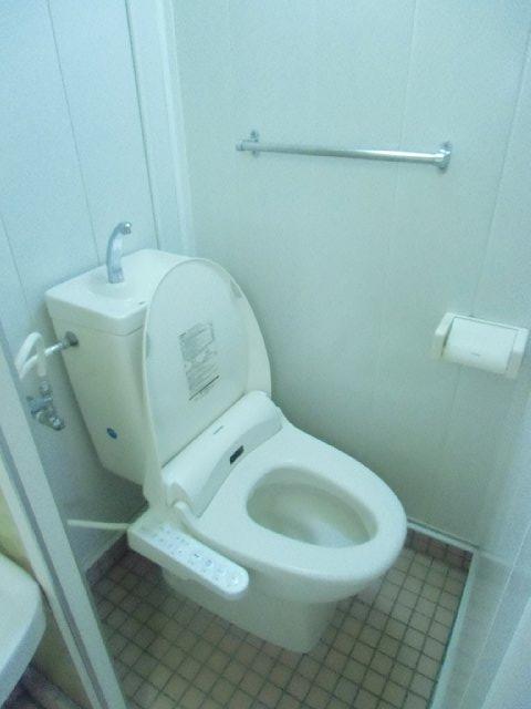 吉田ビル 403号室のトイレ
