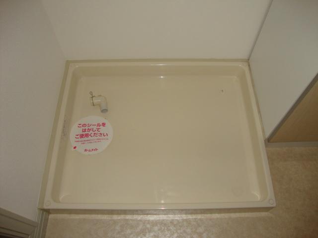 エルム B棟 201号室の洗面所