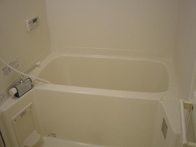 エルム B棟 201号室の風呂