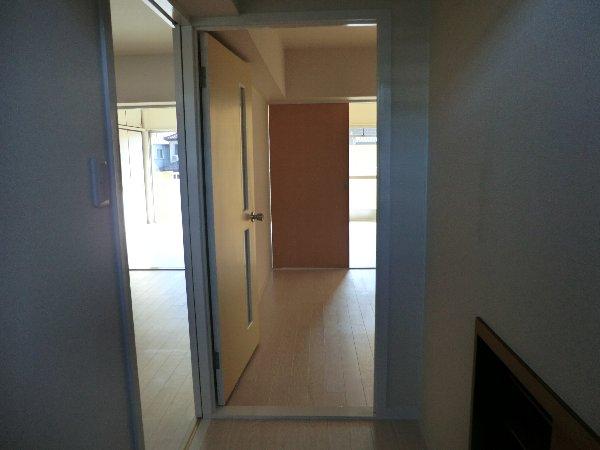 コーポ野崎第2 206号室の玄関