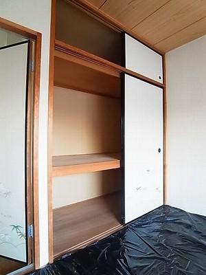 ランドロードヌマタA 02020号室のバルコニー
