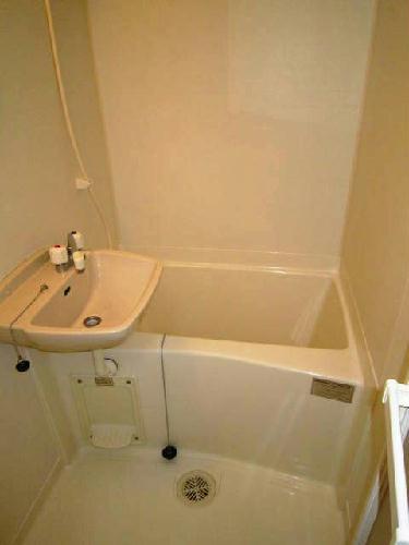 レオパレスフラッツスクエアⅡ 206号室の洗面所