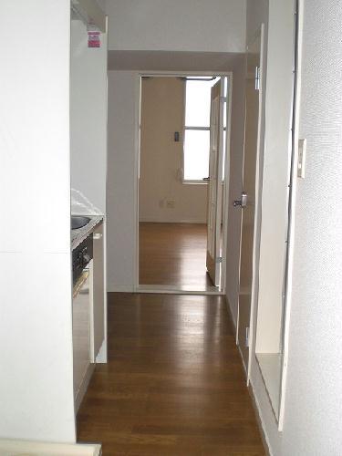 レオパレス白山第6 206号室のリビング