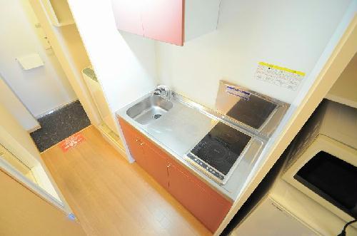 レオパレスYUMA 101号室のキッチン