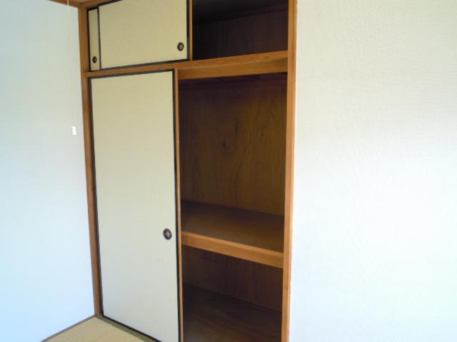 キャビン銀生 20A号室の収納