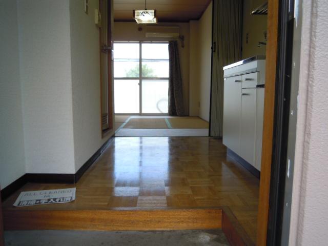 キャビン銀生 20A号室の玄関