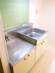 上福岡第2宝マンション 207号室のキッチン