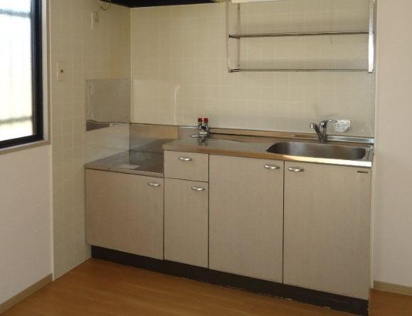 リバーサイドハウス 105号室のキッチン