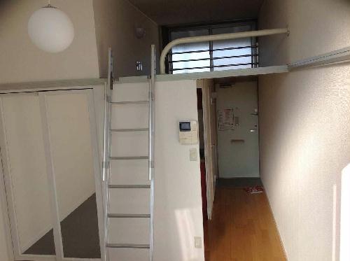 レオパレス内田 205号室のリビング